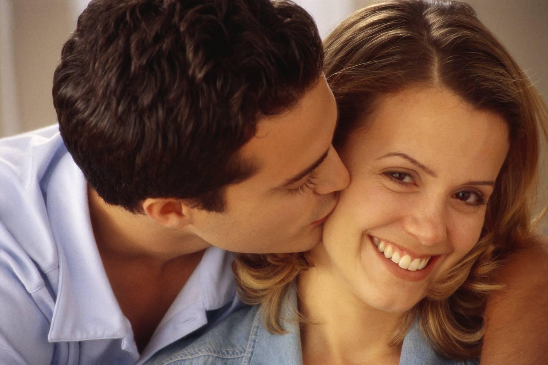 Резултат с изображение за мъж е лудо влюбен в жена