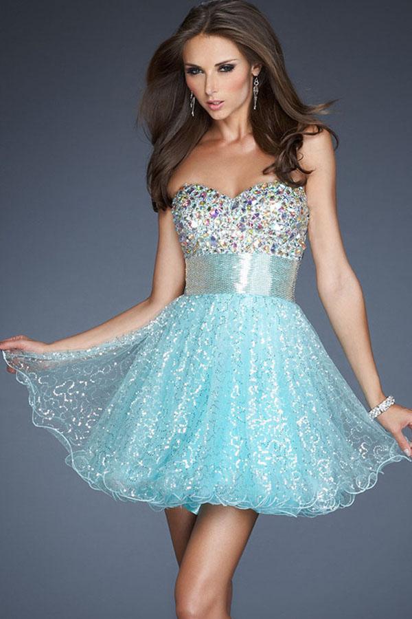 Стильне плаття на новий рік. Недорогі дизайнерські сукні на Новий ... a6bc2b8b62af6